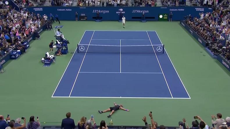 Les highlights du monument entre Nadal et Medvedev en finale de l'US Open 2019.