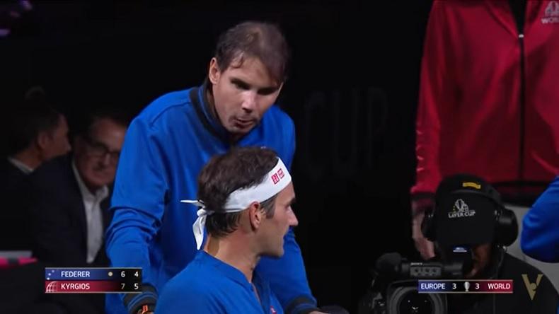 Coach Nadal aide Roger Federer son match contre Kyrgios à la Laver Cup 2019.