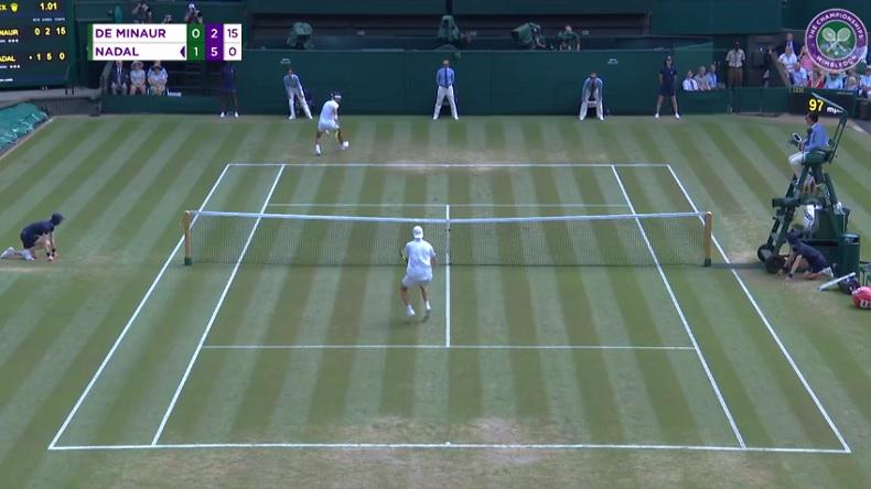 Rafael Nadal a impressionné et il a régalé face à Alex de Minaur à Wimbledon avec un tweener lob génial.