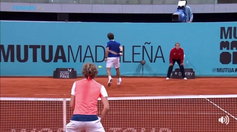 Le trick shot somptueux de Pablo Cuevas au Masters de Madrid 2017.
