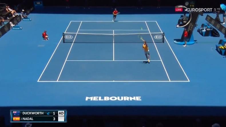 Une remise dos au filet exceptionnelle de Rafa Nadal à l'Open d'Australie 2019.