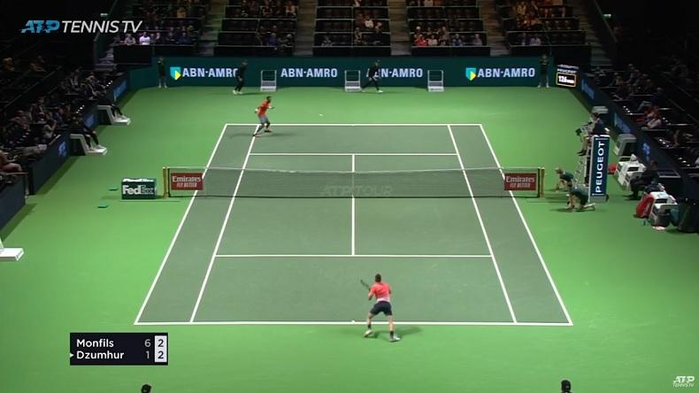 Un retour amorti magnifique de Gaël Monfils en quarts de finale du tournoi de Rotterdam 2019.