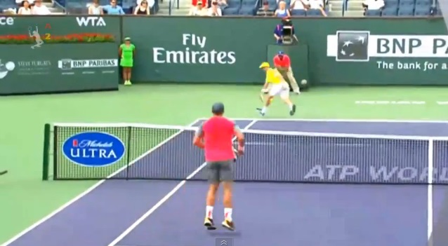 Roberto Bautista Agut a signé un des plus beaux points au Masters 1000 d'Indian Wells 2014.