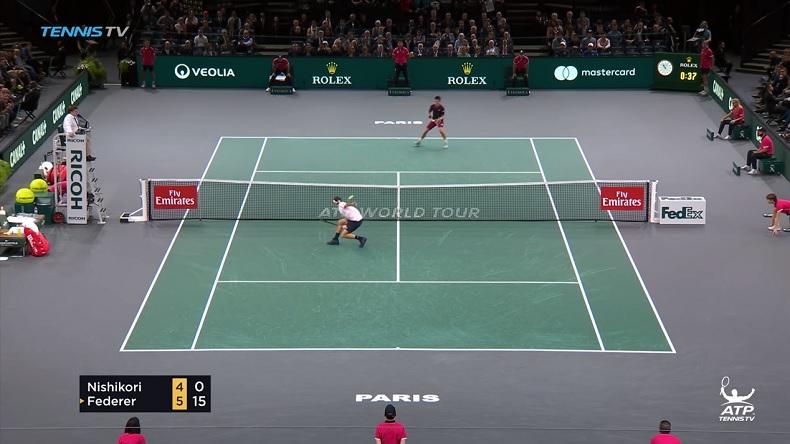 La main exceptionnelle de Roger Federer sur cette volée face à Kei Nishikori au Rolex Paris Masters 2018.