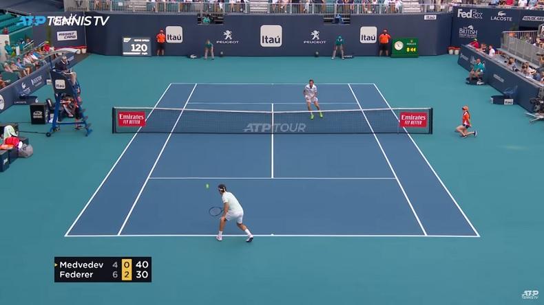Le talent de Roger Federer a fait mal à Daniil Medvedev à Miami.