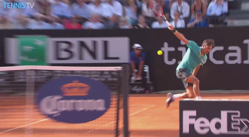 Ce revers chirurgical de Roger Federer