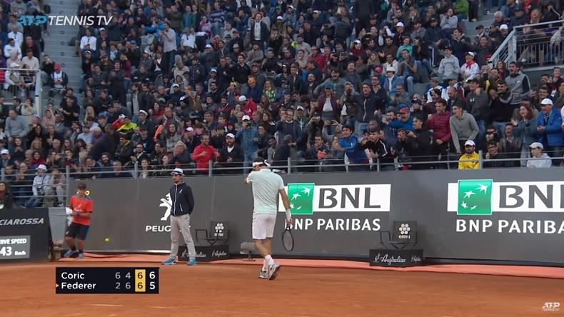 Roger Federer a gagné son match contre Coric, à Rome, dans une ambiance de dingue.