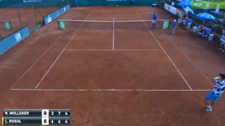 Petit clash entre Lukas Rosol et Rudolf Molleker au Challenger de Prague 2020.