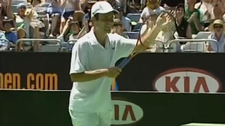 Fabrice Santoro a régalé le public lors de l'Open d'Australie 2006 et il avait trouvé un bon partenaire de jeu en la personne de Gaston Gaudio.