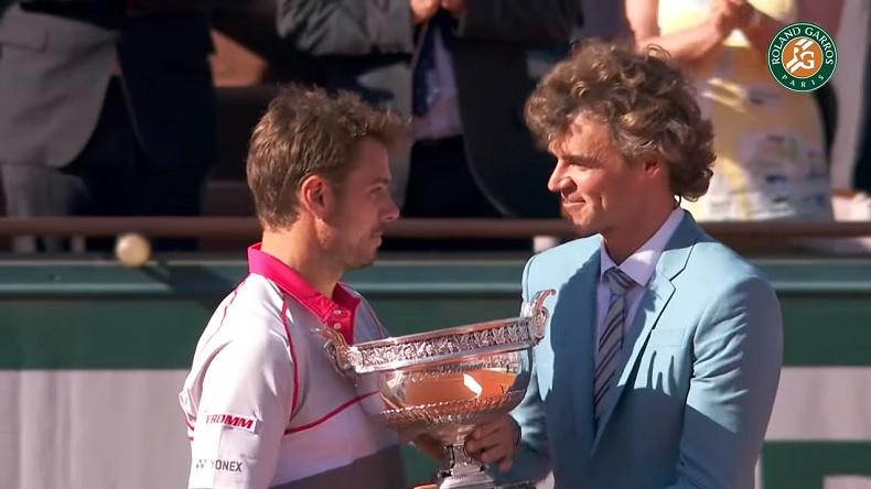 Stan Wawrinka remporte Roland-Garros 2015 en battant Novak Djokovic en finale.