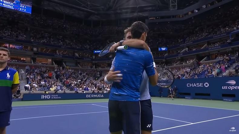 Novak Djokovic abandonne contre Stan Wawrinka à l'US Open 2019.
