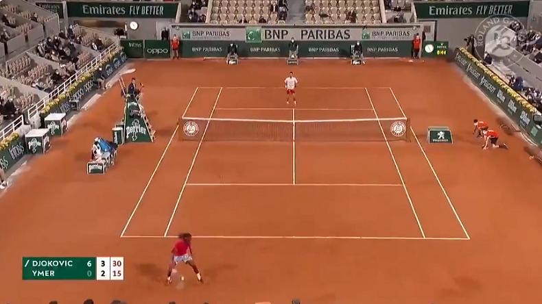 Le tweener de Mikael Ymer contre Djokovic à Roland-Garros 2020.