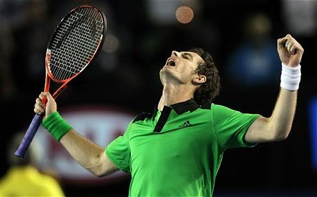 Andy Murray a dû batailler pour battre David Ferrer à l'Open d'Australie 2011 (AFP)
