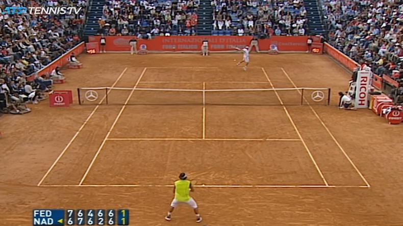 La finale de Rome 2006 était un chef d'oeuvre entre Federer et Nadal. Une bataille épique de 5h05 au suspense incroyable.