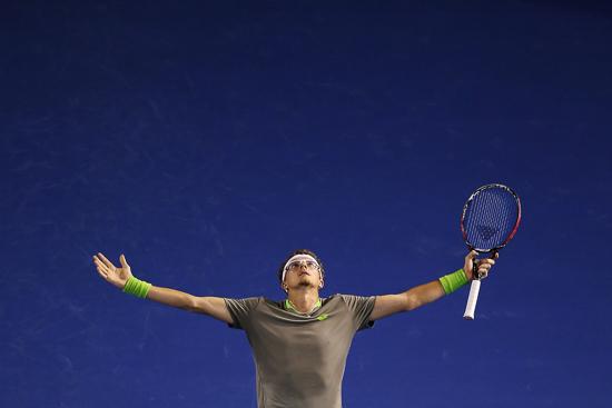 Denis Istomin a marqué deux des plus beaux points de la semaine contre Novak Djokovic à l'Open d'Australie 2014 (Michael Dodge/Getty Images)