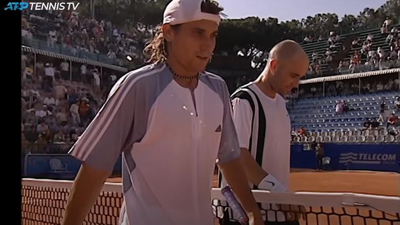 Battre le numéro un mondial après avoir été mené 6-0, c'est l'exploit improbable qu'à réalisé David Ferrer à Rome en 2003 contre André Agassi