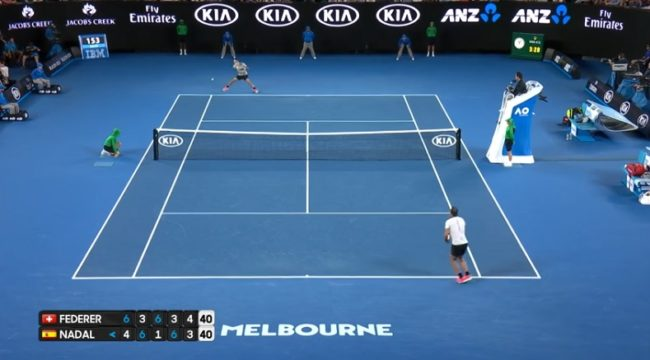 Le point hallucinant de Federer contre Nadal à un moment ultra-important (Open d'Australie 2017)
