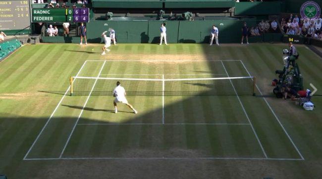 Le passing monstrueux de Federer qui a mis une claque à Raonic (Wimbledon 2017)