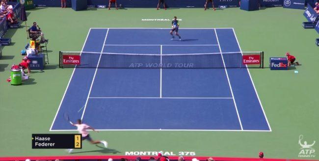 Roger Federer paye encore sa tournée de hot shots contre Haase (Montréal 2017)