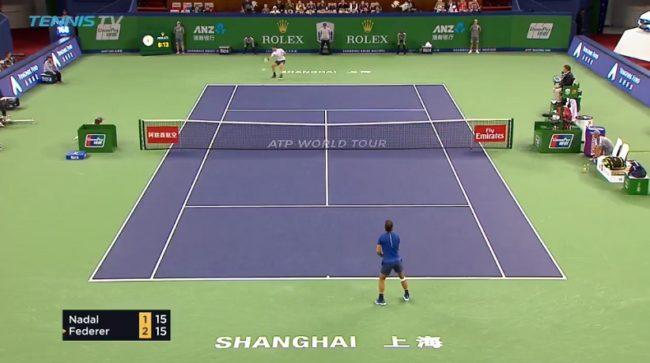 Quand Federer prend toutes les balles en demi-volée contre Nadal (Shanghai 2017)