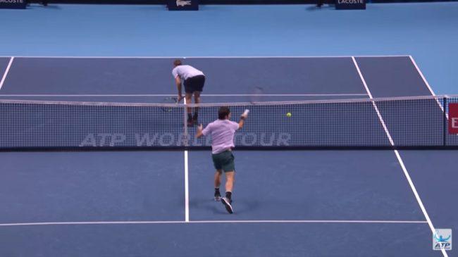 La soumission de Sock fait rater Federer (Masters 2017)