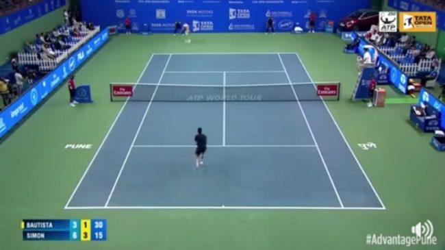 Le coup droit monumental de Gilles Simon (Pune 2018)