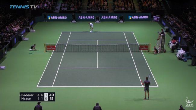 Roger Federer s'auto-arbitre ! (Rotterdam 2018)