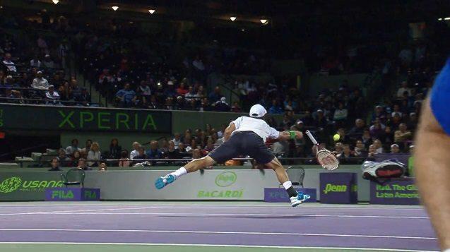 La volée en jetant la raquette de Kei Nishikori (Miami 2014)