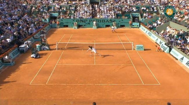 La volée rétro légendaire de Patience contre Djokovic (Roland-Garros 2007)